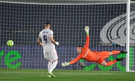 Le Real Madrid dans le sillage de Karim Benzema s'est offert le clasico contre le Barça au stade Alfredo di Stefano. Ph :  AFP
