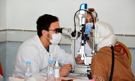 881 bénéficiaires d'une caravane médicale en ophtalmologie organisée à Guercif