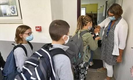 Covid-19 : Les autotests et les tests antigéniques autorisés en France pour les moins de 15 ans