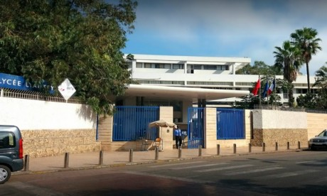 Lycée Lyautey ferme ses portes et passe en mode distanciel