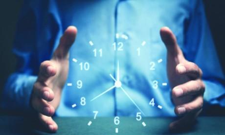 Une heure est une heure, elle fera ses soixante minutes avec ou sans notre consentement, que nous soyons sous pression ou dans l'ennui. Ph. Shutterstock