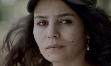 Asmae El Moudir reçoit le Prix du meilleur  documentaire