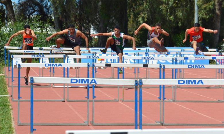 La victoire au 110 m haies est revenue à Mohamed Kouassi qui a établi un nouveau record du Maroc en 13 min 57/100e.