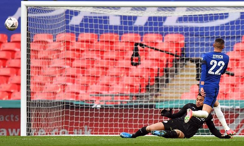 Coupe d'Angleterre: Hakim Ziyech mène Chelsea en finale