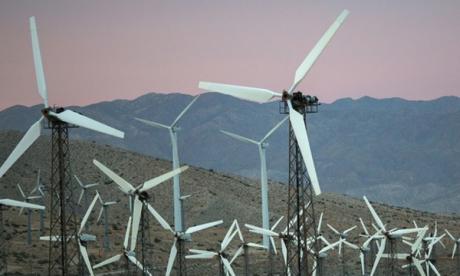Le programme comporte une extension des avantages fiscaux visant à inciter à la production d'énergies renouvelables, notamment solaire et éolienne. Ph. AFP