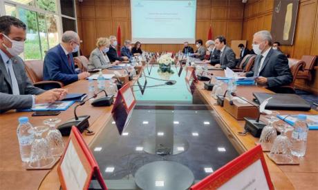 Le Conseil national d'inclusion financière a tenu le 7 avril sa deuxième réunion, sous la présidence du ministre de l'Économie et des finances, Mohamed Benchaâboun.