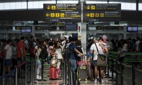 Suspension des vols: L'Espagne va aider 3.000 de ses ressortissants bloqués au Maroc