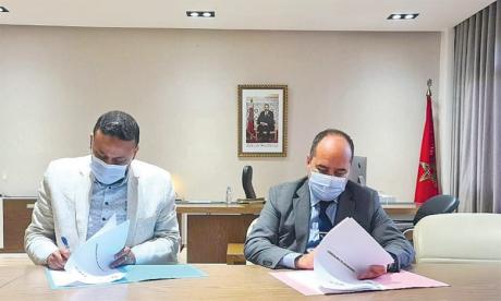 L'AMCF et l'ENCG Tanger ont officialisé et renforcé leur partenariat en signant une convention le 3 avril dernier.