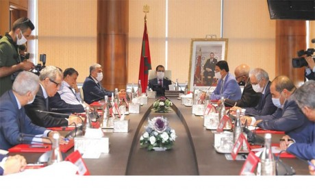 Les partis politiques réaffirment leur mobilisation derrière S.M. le Roi Mohammed VI pour la défense de l'intégrité territoriale du Royaume et de ses intérêts suprêmes