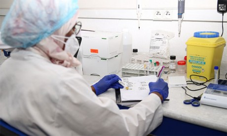 Le Centre national pour la recherche scientifique et technique confirme deux cas du variant indien de la Covid-19  à Casablanca