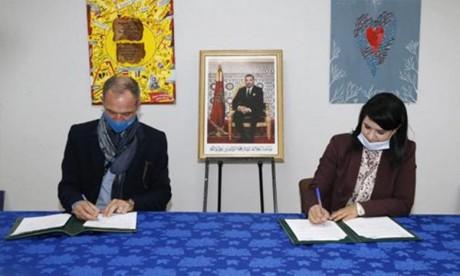 Pédagogie de l'enseignement : Un accord de partenariat signé à Casablanca