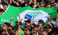 Le label «Pavillon vert» est octroyé aux établissements scolaires en reconnaissance de leurs efforts déployés pour inculquer aux élèves les bonnes pratiques et habitudes de protection de l'environnement. Ph : MAP
