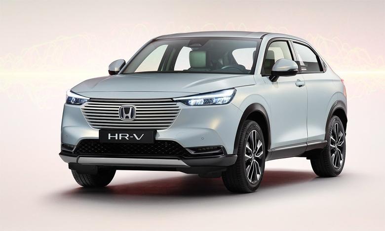La simplicité épurée du style du nouveau HR-V repose sur les importantes surfaces lisses du véhicule, et l'intégration subtile des divers éléments à la carrosserie.