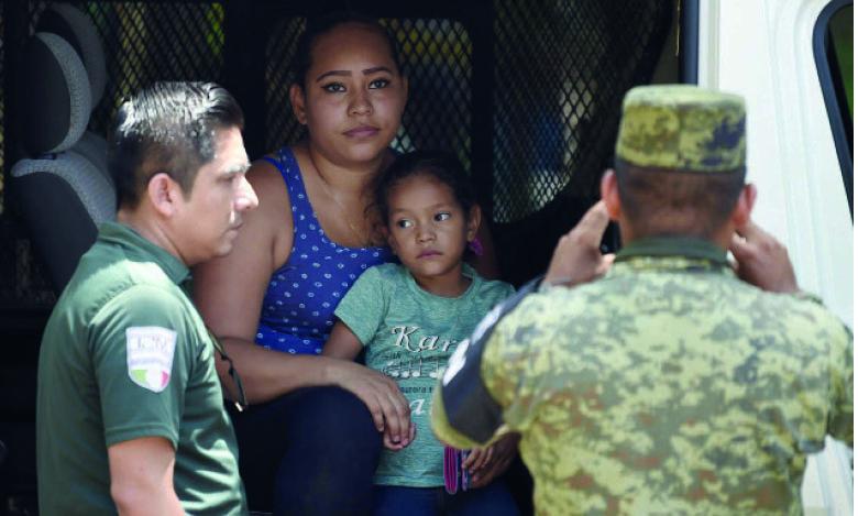 L'administration Biden va réunir des familles de migrants