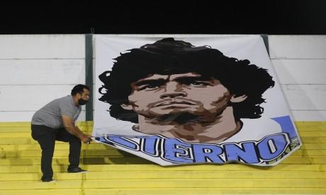 Mort de Maradona: l'équipe soignante accusée d'homicide volontaire
