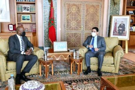 Nasser Bourita s'entretient avec le Secrétaire général de la ZLECAf