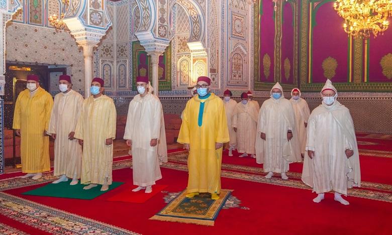Sa Majesté le Roi Mohammed VI, Amir Al-Mouminine, commémore Laylat Al-Qadr bénie