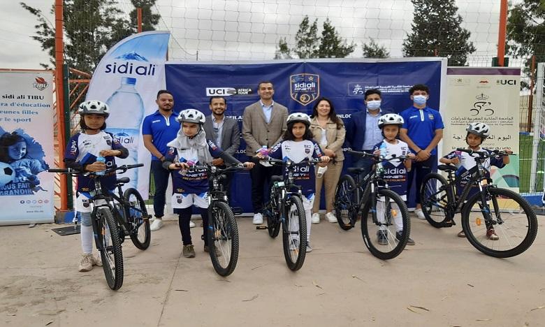Journée mondiale du vélo : Sidi Ali-Kinetik et Tibu Maroc  contre l'abandon scolaire