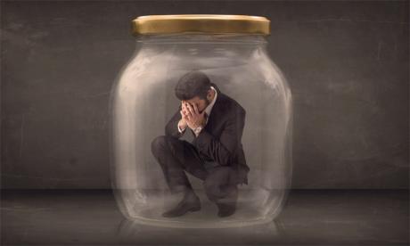 L'instabilité des conditions d'exercice, la chute des certitudes et la peur de l'avenir sont un fort cocktail des raisons exogènes, suffisant pour provoquer un repli sur soi temporel. Ph. Shutterstock