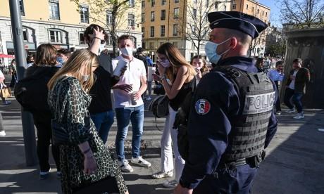 Covid-19: La France se dirige vers la levée de l'obligation du masque en extérieur