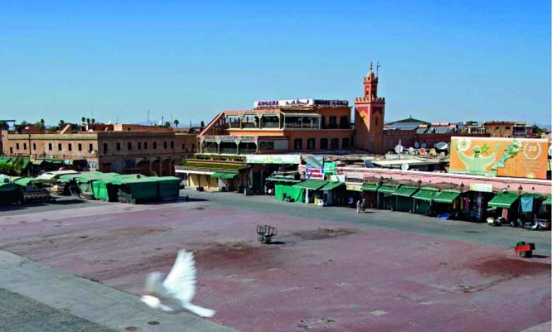 Covid-19 : Une campagne de sensibilisation sur la place Jamaâ El Fna