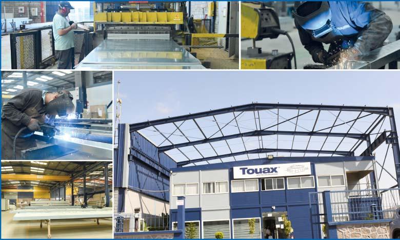 L'entreprise installée dans la zone industrielle de Mohammedia, également dans des locaux construits en modulable, dispose de trois lignes de production et compte un effectif  de 200 personnes en moyenne. Phs. Saouri