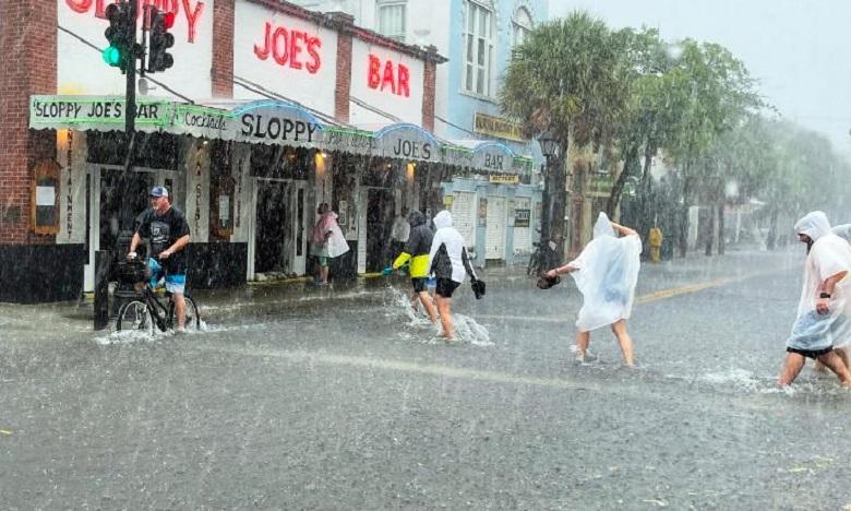 La tempête Elsa se renforce en ouragan à son approche de la Floride