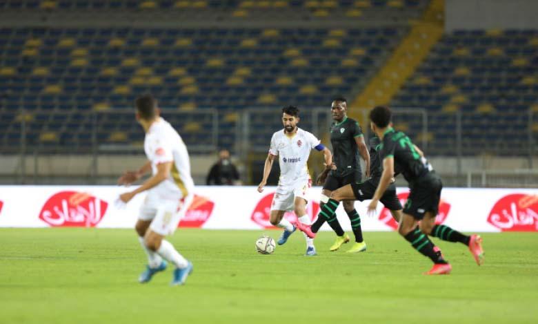 Le WAC et le Mouloudia d'Oujda ont fait match nul (1-1) au match aller au complexe sportif Mohammed V à Casablanca.