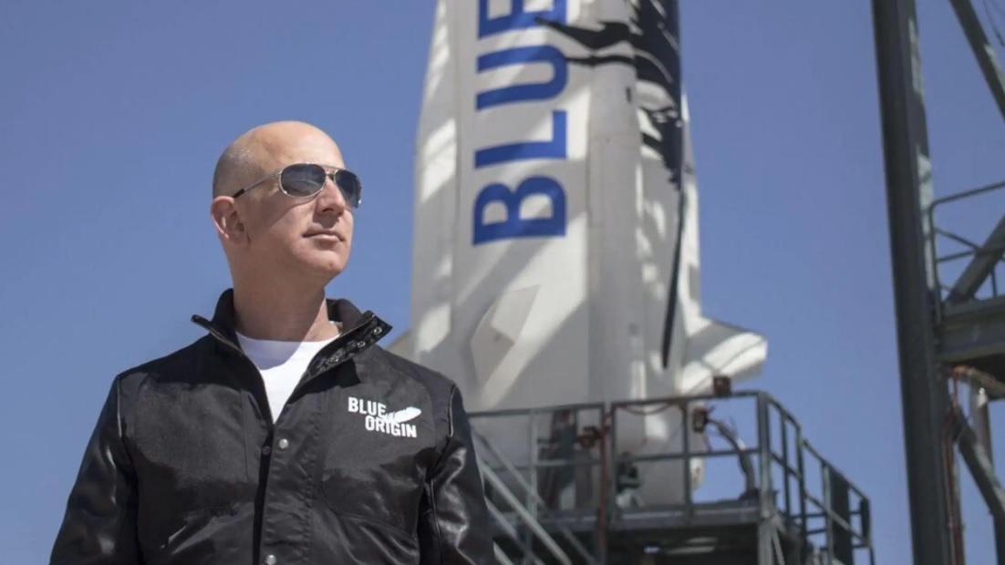 Tourisme spatial : Jeff Bezos s'envole mardi dans sa fusée
