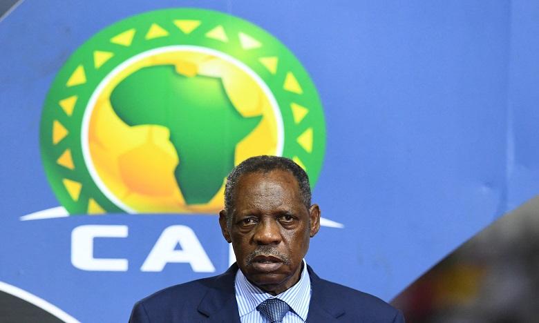 Foot: la Fifa suspend un an l'ancien président de la CAF Issa Hayatou