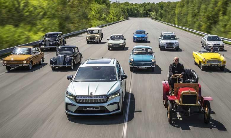 Selon Michael Oeljeklaus, membre du conseil d'administration de Skoda Auto en charge de la Production et de la Logistique, l'Enyaq iV et les deux véhicules hybrides rechargeables ne constituent qu'un début.