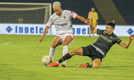 Le MAT réussit l'exploit contre le WAC  et se qualifie pour la Coupe de la CAF, l'AS FAR confirme face à Béni Mellal