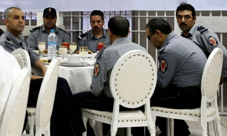 """La DGAPR dément les allégations véhiculées par des individus qui se disent """"solidaires"""" du détenu (S.R)"""