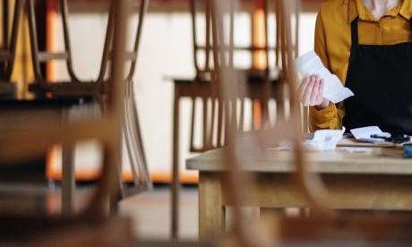 Les nouvelles mesures restrictives ont un goût amer pour les cafetiers et restaurateurs
