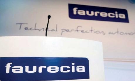 Faurecia acquiert l'allemand Hella