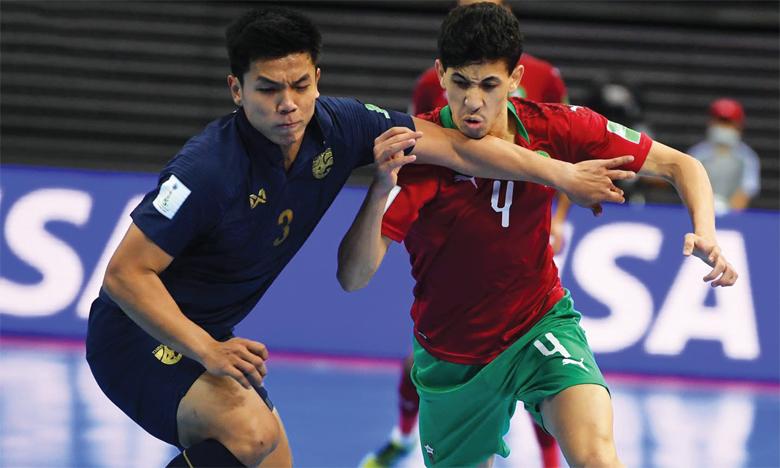 Phase de jeu du match Maroc-Thaïlande.