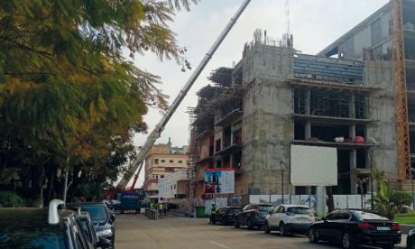 Plusieurs voix se sont élevées contre le retard accusé dans la réalisation du Complexe culturel de Kénitra, qui devait être opérationnel en 2020.