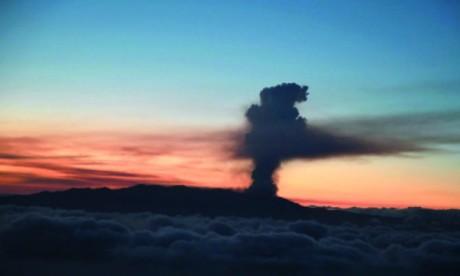 Éruption volcanique aux Canaries : Aucun impact sur le trafic aérien à ce jour