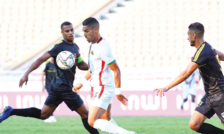 Séquence de jeu du match AS FAR-Jeunesse de Soualem.