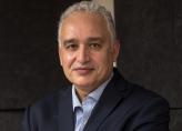 Dr Tayeb Hamdi, médecin chercheur en politiques et systèmes de santé