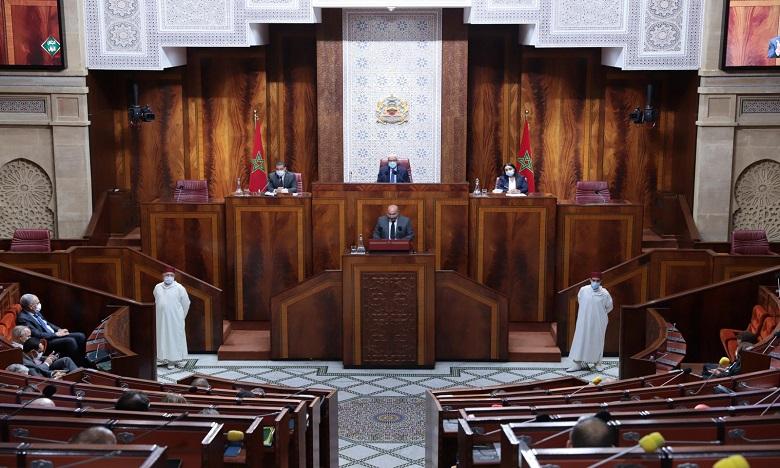 """La majorité parlementaire appuie les engagements du gouvernement et promet une contribution """"constructive"""""""