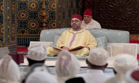 S.M. le Roi préside à la mosquée Hassan à Rabat une veillée religieuse en commémoration de Laylat Al-Qadr bénie