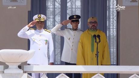 Video : S.M. le Roi préside à Tétouan la cérémonie de prestation de serment des officiers lauréats des grandes écoles militaires et paramilitaires