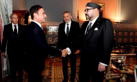 S.M. le Roi reçoit le ministre de l'Industrie, de l'investissement, du commerce et de l'économie numérique et le PDG du groupe Renault