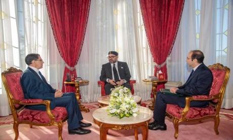 Video : S.M. Le Roi reçoit en audience le Chef du gouvernement et le ministre de la Santé