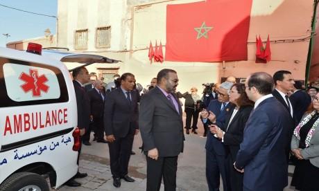 Video : S.M. le Roi inaugure deux projets solidaires destinés à renforcer l'offre médicale au niveau de la médina de Marrakech