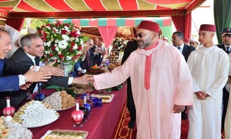 Video : S.M. le Roi préside à Tanger une réception à l'occasion de la Fête du Trône