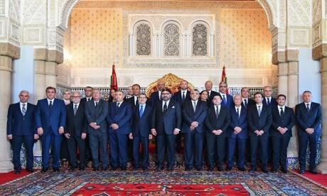 Video : S.M. le Roi reçoit les membres du gouvernement dans sa nouvelle mouture après sa restructuration