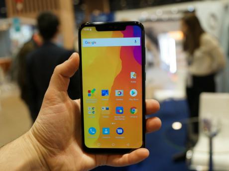 Tremblez chinois, le smartphone algérien à moins de 300 euros débarque sur le marché européen !